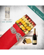 24 Long Mixed Roses, Moet Gift Box